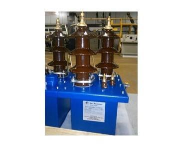 Relè.relais gaillard 24 kV intervento a 30 V