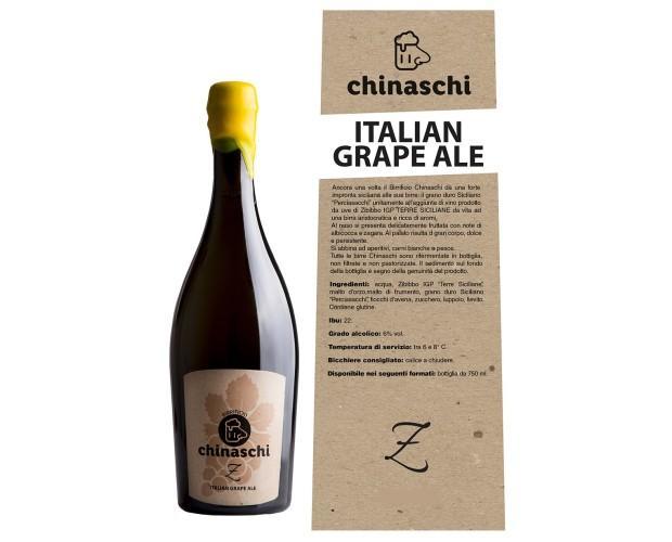 Birra con alcol. Bottiglie di Birra con alcol. Birra artigianale aromatizzata con uve di Zibibo
