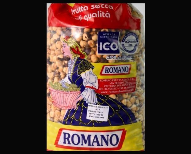 Nocciole. Confezione Nocciole Romano
