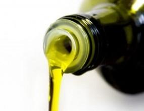 Olio extravergine. Bottiglia e latta da 0,25 litro fino a 5 litri