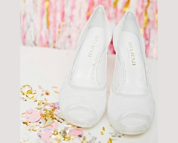 Calzature Femminili . Scarpe da cerimonia.
