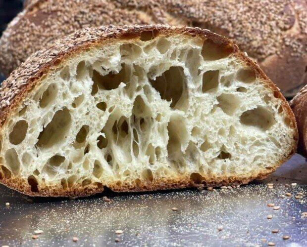 Pane a lievitazione Naturale. Con lievito madre... durata 4/5 giorni