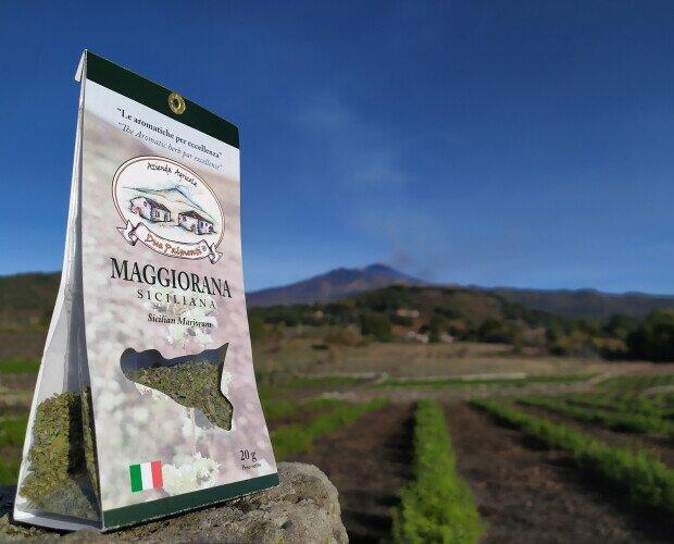 Maggiorana siciliana. Coltivato secondo una forma di agricoltura sostenibile a basso impatto ambientale