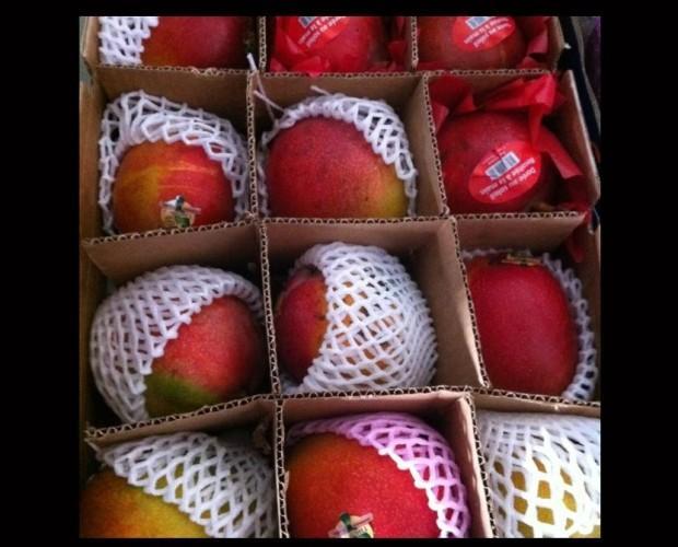Frutta Esotica.Mango Emmedi