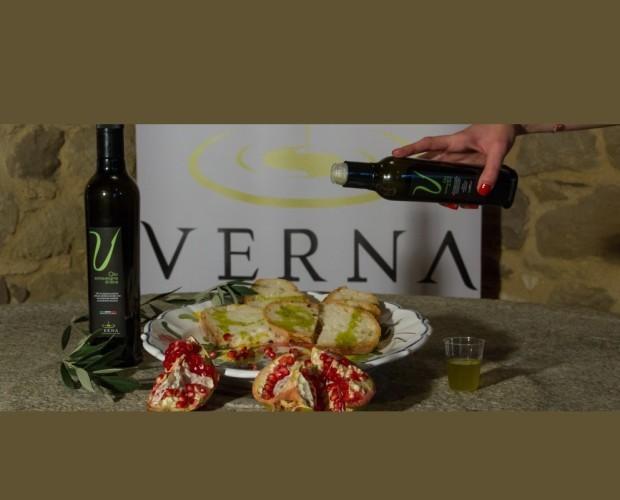 Olio di Oliva.Olio Extravergine d'oliva Verna