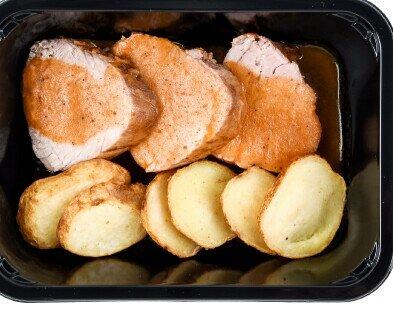Maialino con patate. Linea secondi Maialino con patate