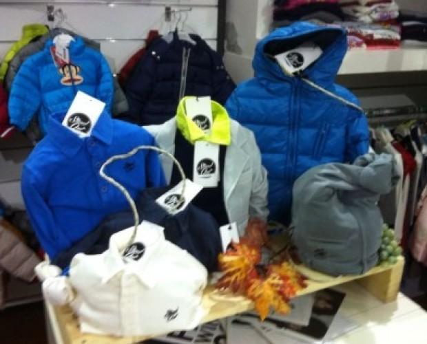 Abbigliamento per Bambini.Linea Stand Out stock 150 pezzi