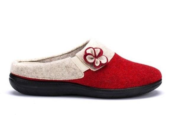 Pantofole da donna. In tessuto ed antiscivolo.