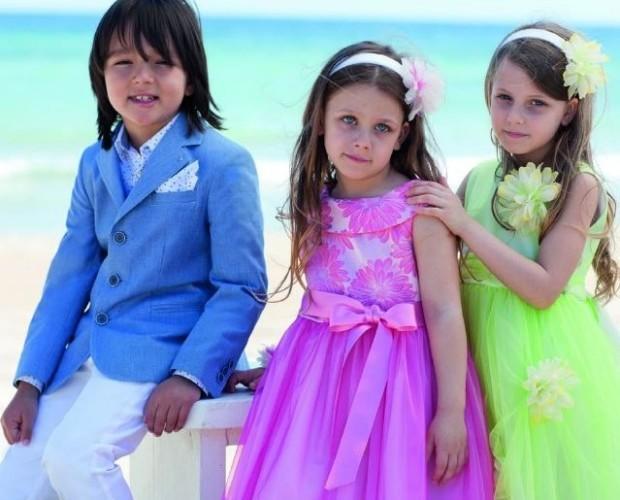 Abbigliamento per bambini. Abiti da cerimonia per i più piccoli.