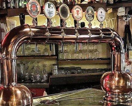 colonna spina 6 vie. installazione di impianti alla spina uso birra e vino