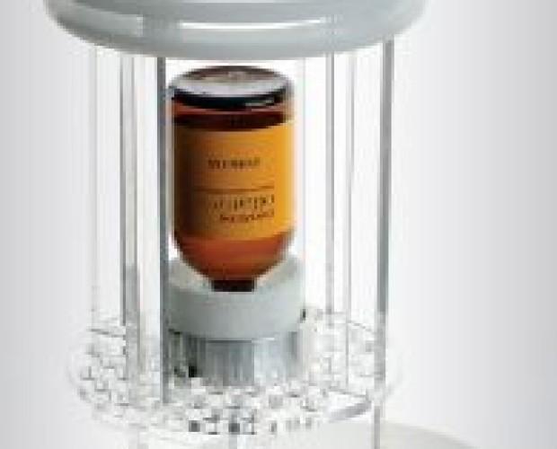 Fragranze e Deodoranti. Profumi. Ricarica con boccetta da 100 ml