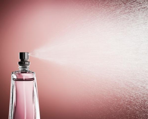 Fragranze e Deodoranti. Profumi. Profumi