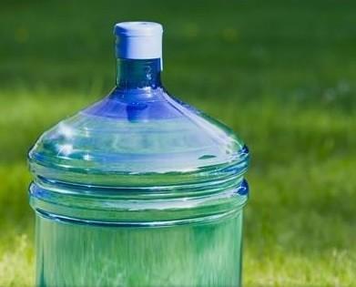 Acqua.Pura e buona da bere