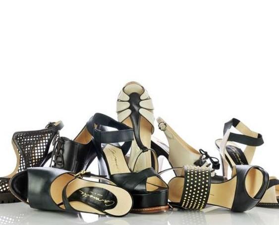 Calzature femminili. Catalogo Estivo.