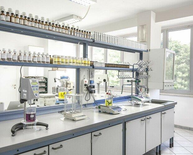 Laboratorio Ricerche & Sviluppo. Segue il cliente nella ricerca e nella creazione di nuovi prodotti personalizzati