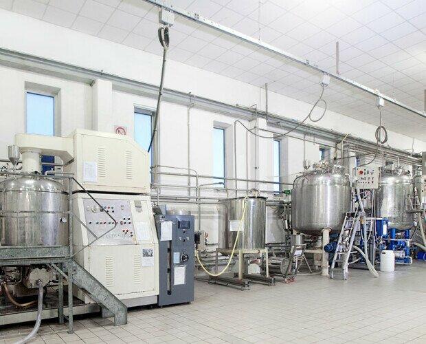 Reparto produzione Bulk. produzione di grandi e piccoli lotti di elevata qualità da 50 a 12.000 kg