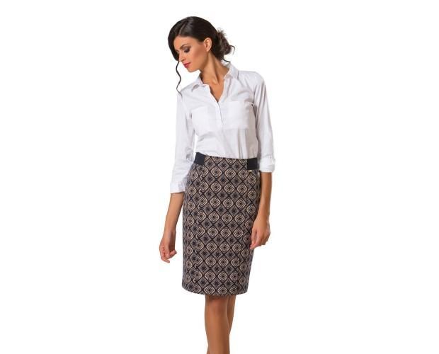 Abbigliamento donna. Elegante e raffinato.