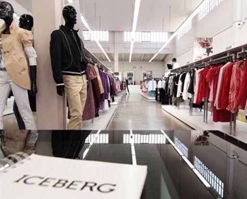 Abbigliamento. Showroom Iceberg