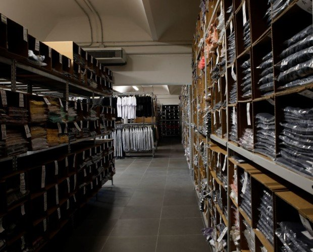 Catalogo esclusivo. Grazie ad un team altamente specializzato, Vesto Italiano sceglie per i suoi clienti.