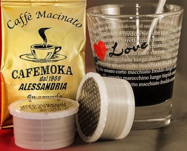 Caffè in Capsule.Miscela in capsule Cafemoka