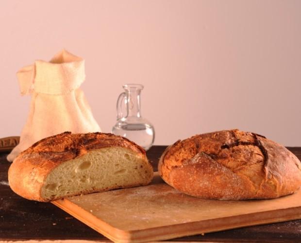 Pane di Altamura dop. Pane di Altamura dop fresco, surgelato e affettato