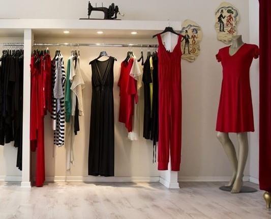Abbigliamento donna. Le nostre linee