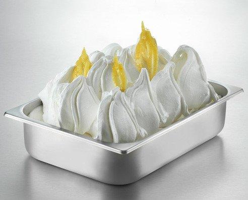 Gelato Artigianale. Gelato Artigianale al gusto di limone