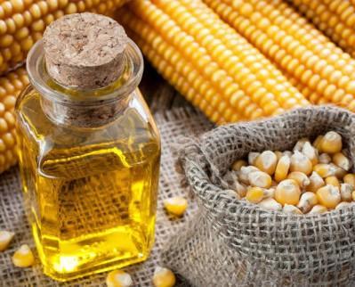 Olio di Mais.Prodotti imbottigliato in Privat Label