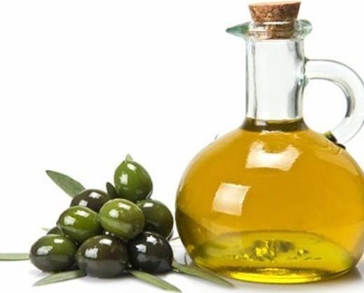 Olio di Oliva. Proveniente dalla Spagna o dalla Tunisia