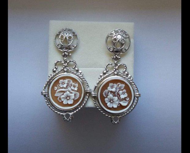 IMG_1804. Orecchini in argento con Cammei di Torre del Greco