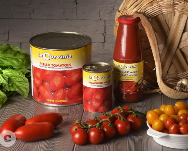 Pomodori.Conserve di pomodoro La Corvina