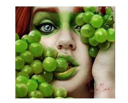 Frutta Fresca.Trattiamo sia uva bianca che uva nera