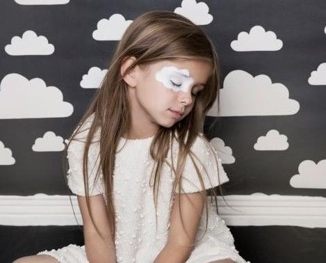 Abbigliamento per bambini. Comodo, pratico ma anche poetico.