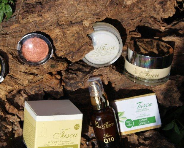 cosmetici. crema viso al cupuacu, contorno occhi, siero Q10, sapone e ombretto