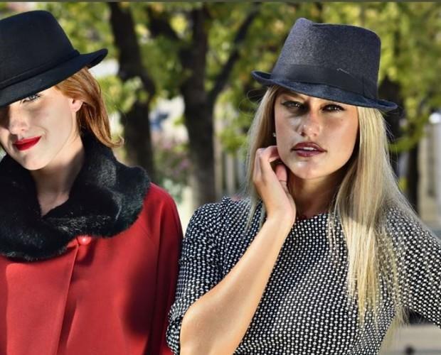 Abbigliamento donna. Vasto assortimento di accessori moda