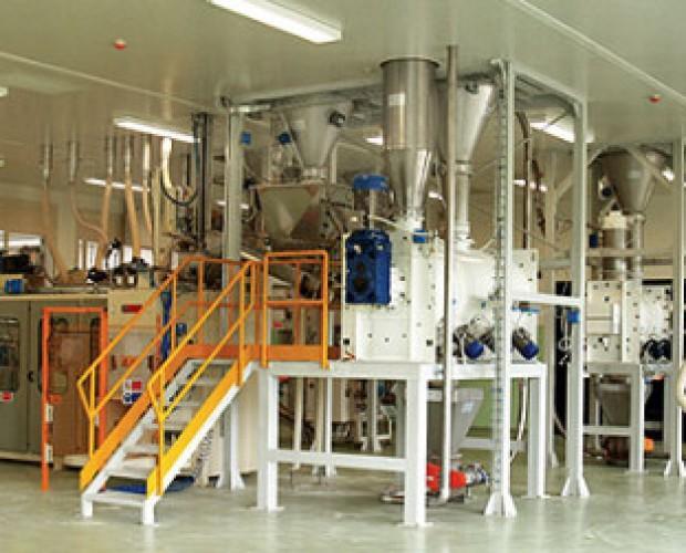 Sala Lavorazione. Confezionamento per sacchi da 10 a 25 kg