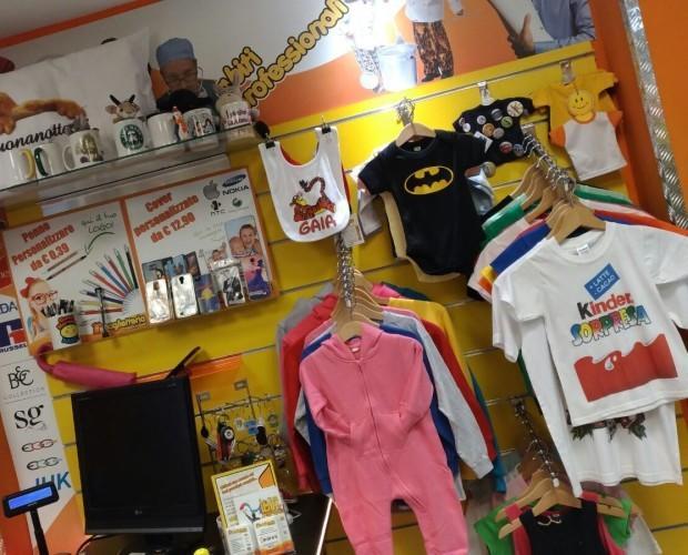 Abbigliamento per bambini. Personalizzabile