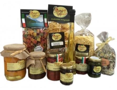 Confezioni e assaggi. Un insieme di prodotti di alta qualità