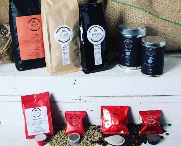 CAFFE' MISCELA TERRA. Caffè miscela Terra, 50%arabica-50%robusta. Grani, macinato moka, capsule e cialde.