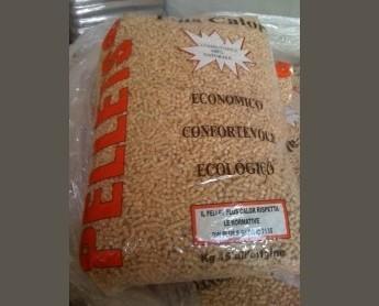 Pellet.Pellet di conifera in sacco da 15 Kg.