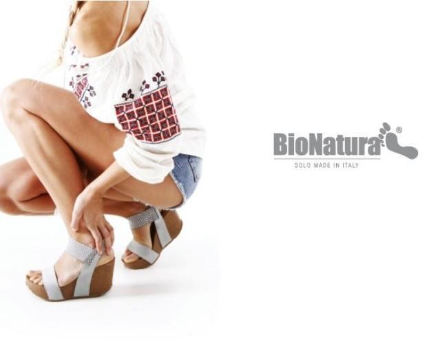 Scarpe da donna. Produzione Italiana