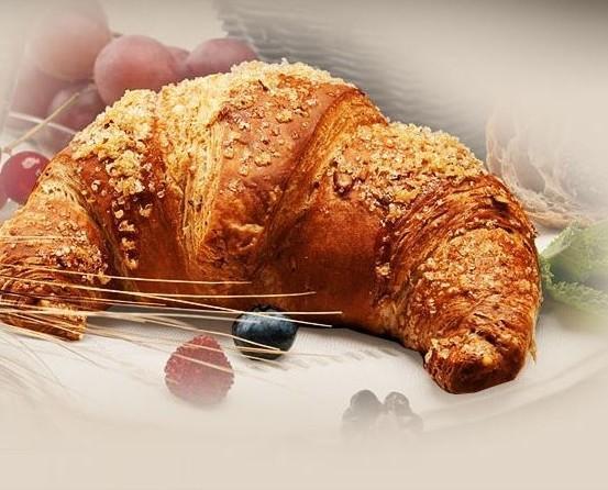 Croissant. Buoni come fatti in casa.