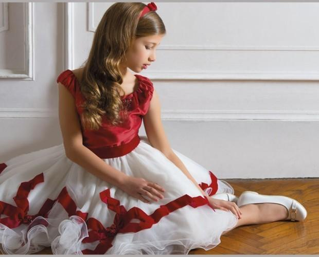 Abbigliamento per Bambini.Nella collezione Red Princess.