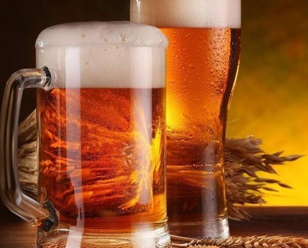 Birra. Bottiglie di Birra con alcol. Prodotta artigianalmente.