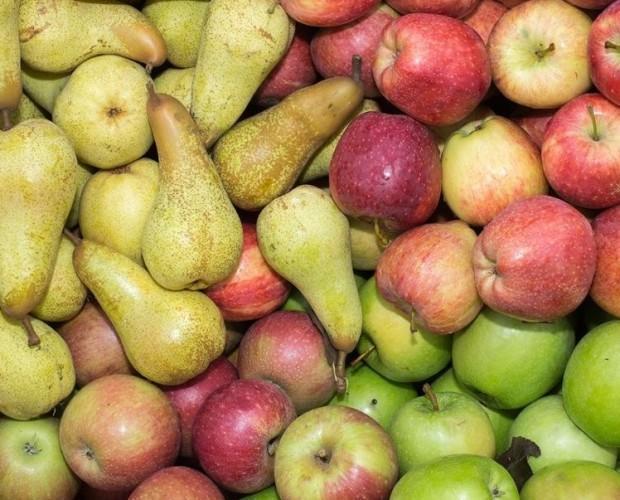 Frutta Fresca.Mele e Pere italiane