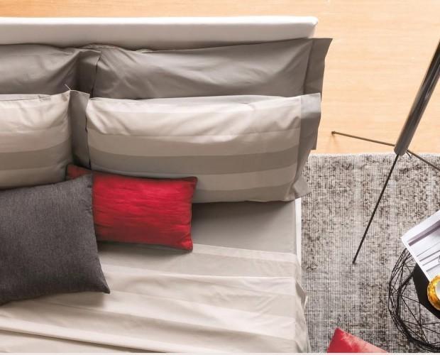 Tessili per l'arredamento. Completi letto e tappeti.