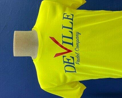 Maglietta Padel Gialla Uomo. Maglietta Padel uomo gialla con scritta Deville