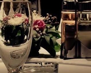 Arredo e complementi per la tavola. Cristalleria. Bicchieri e Calici