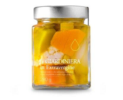 Giardiniera in olio EVO. Croccanti verdure conservate in olio extra vergine di oliva