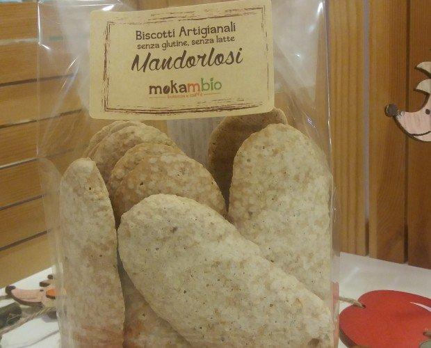 MANDORLOSI. biscotti realizzati con farina di mandorle italiane di Sicilia, albumi e zucchero